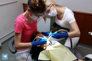 Hygiene treatments for a confident smile- recommended by a leading beauty blogger [Remzső Anna]