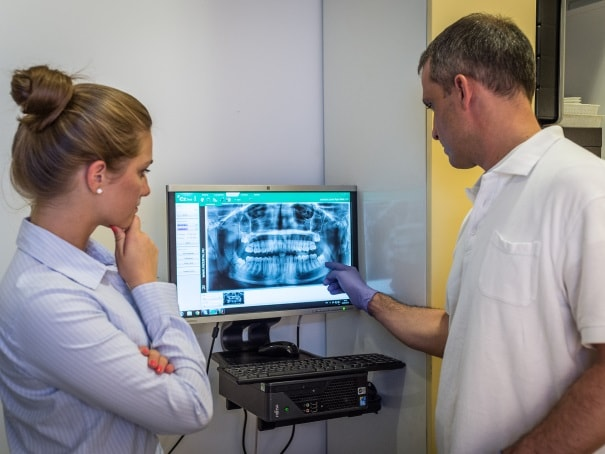 Dental X-ray consultation
